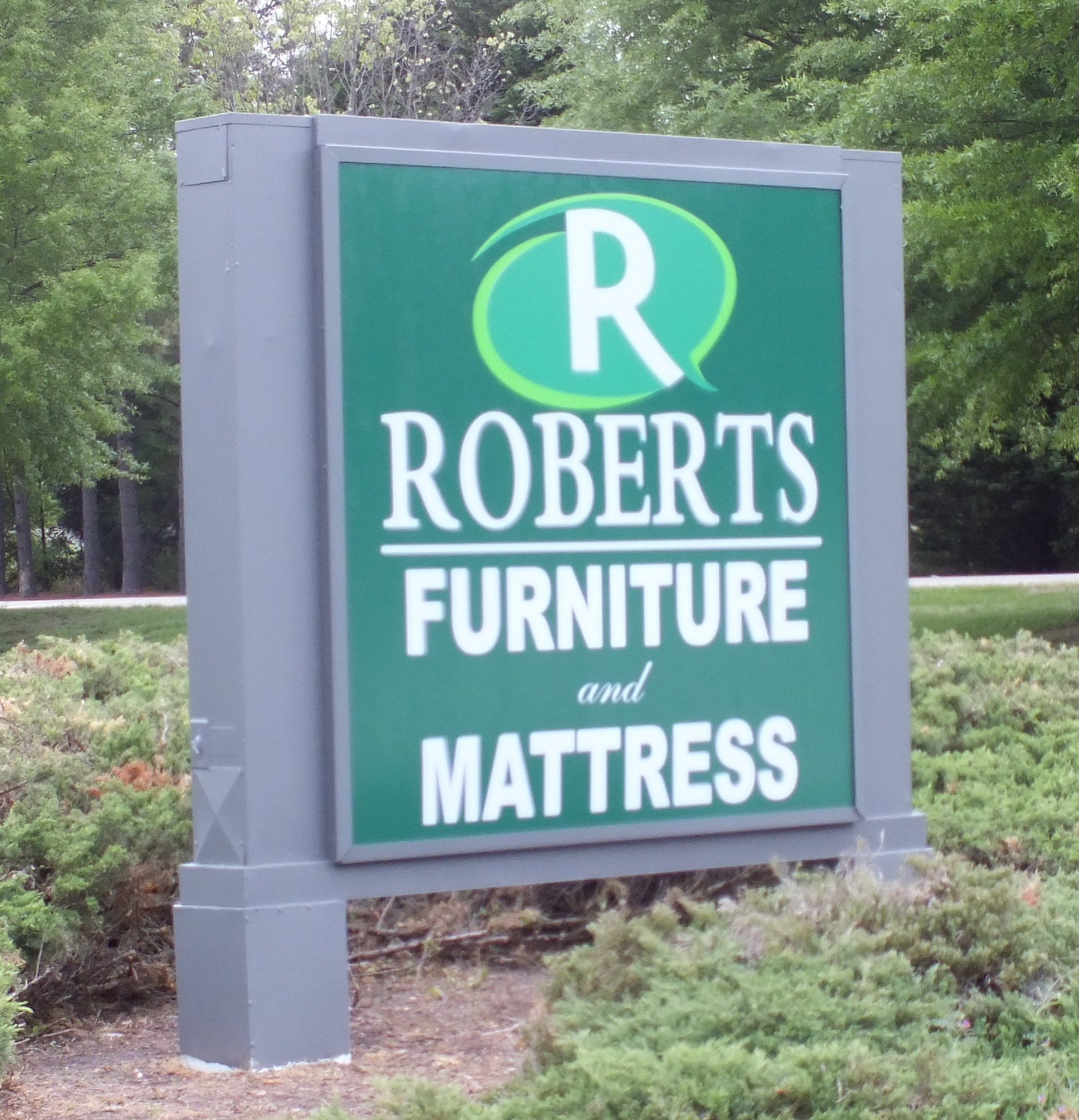 Roberts Furniture Open for Business in York County Williamsburg