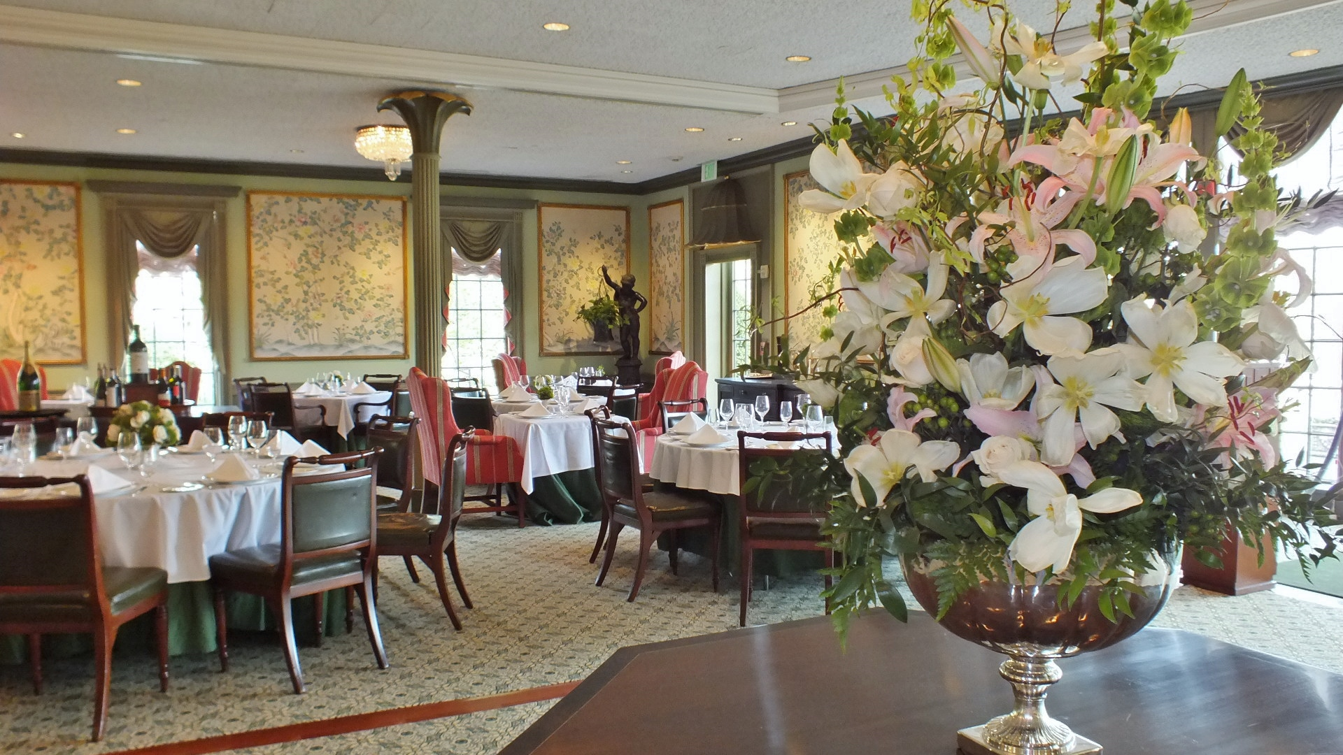 New look dress code for regency room at williamsburg inn a view from the centerpiece on the regency rooms dance floor which is covered during kristyandbryce Gallery