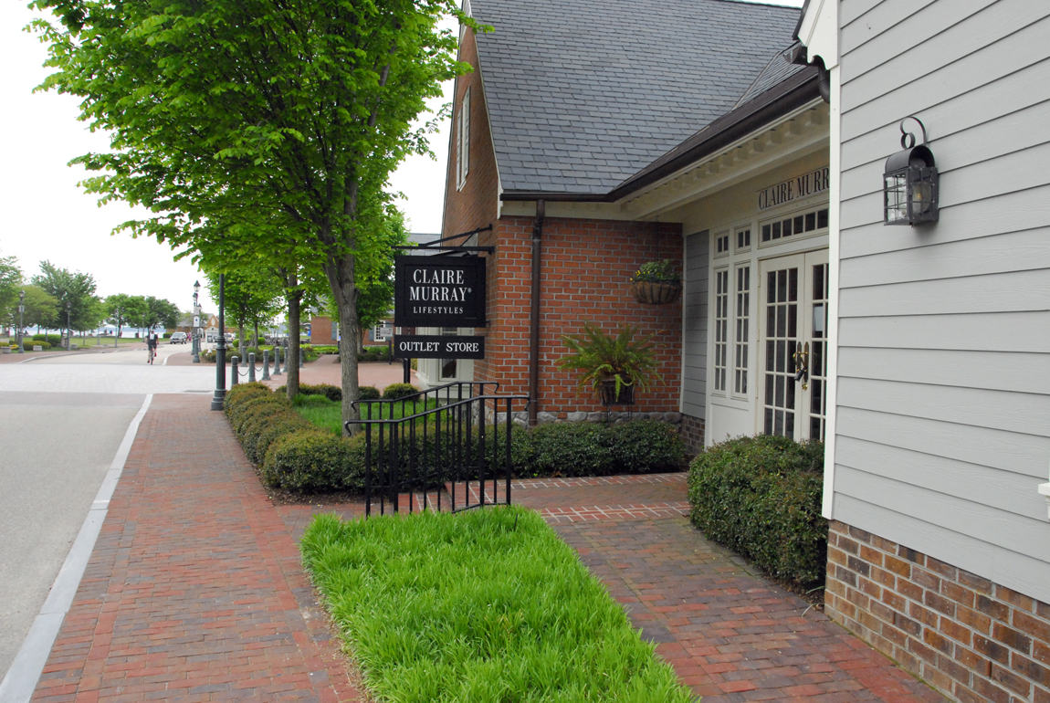 Jccs book exchange to open second location in yorktowns riverwalk the owner of the book exchange signed an early occupancy agreement for the space formerly occupied platinumwayz