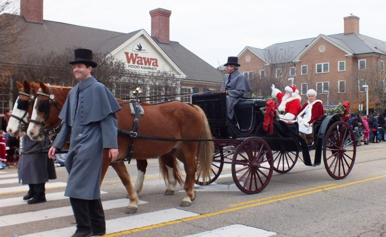 How To Watch The Williamsburg Christmas Parade 2021 It Would Have Been Its 55th Year The 2020 Williamsburg Christmas Parade Cancelled But There S Still A Way To Spread Cheer Williamsburg Yorktown Daily