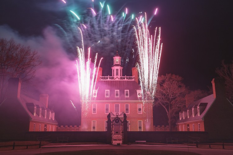 Fireworks by Grucci put on a free show for Grand Illumination in 2015. (Courtesy of Colonial Williamsburg)