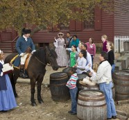 New logo IDs businesses supporting Colonial Williamsburg