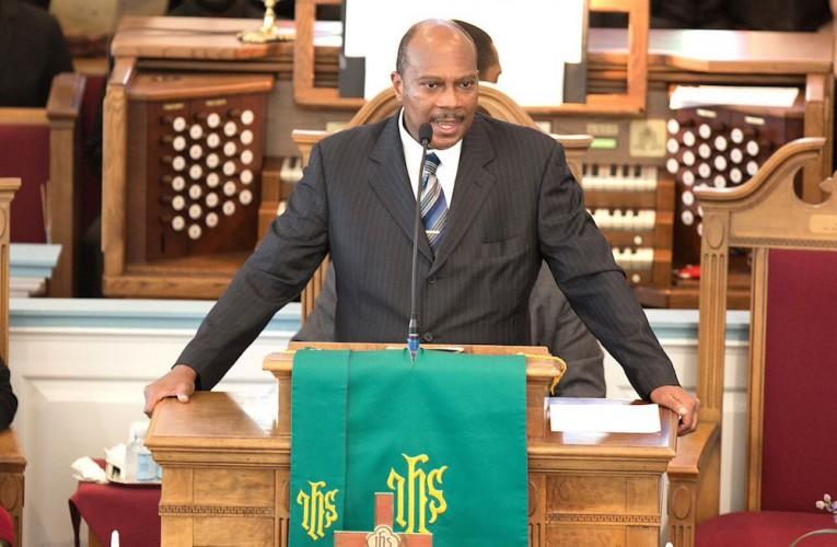 "Rev. Dr. Reginald Davis led a kick-off ceremony for the ""Let Freedom Ring"" program at First Baptist Church last week. (Joseph Fudge/Daily Press)"