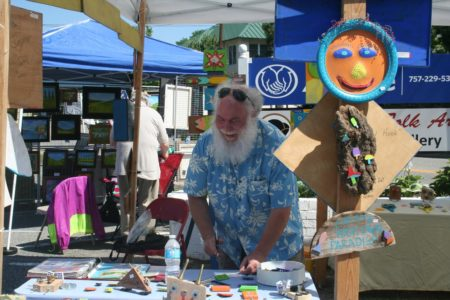 Artist Tom Blunt will be leading an interactive workshop at Saturday's Art in the 'Burg. (Courtesy Davie Burgdorf)