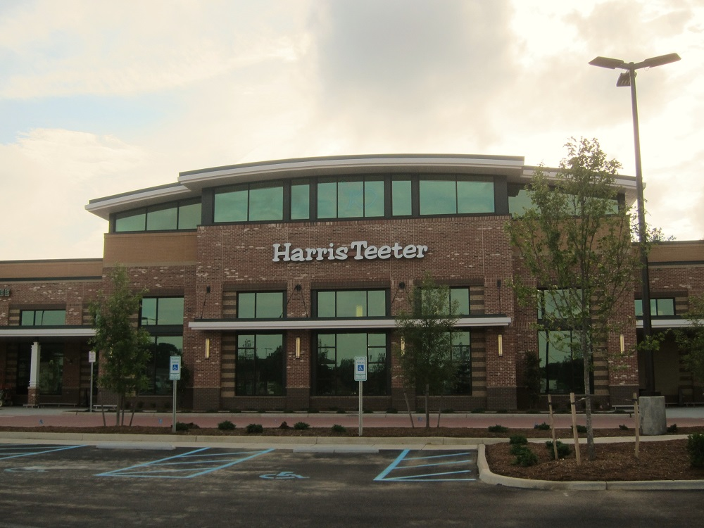 harris teeter at lightfoot marketplace opens july 13 williamsburg yorktown daily - Harris Teeter Christmas Hours