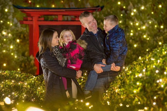 Williamsburg Christmas 2019.It S That Time Christmas Town At Busch Gardens Oh And