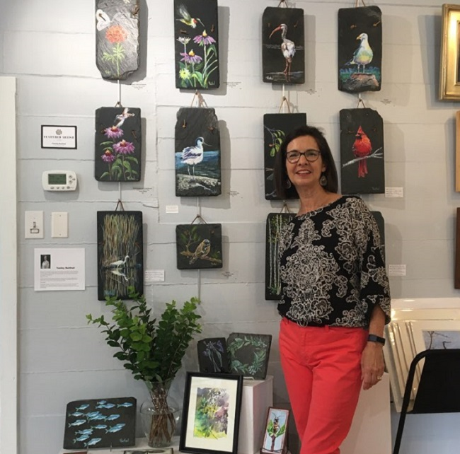 Tenley Raithel is a painter who was presented at On the Hill Gallery for the month of July 2021.